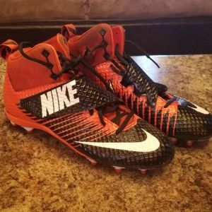 Mens size 11 Nike Football cleats
